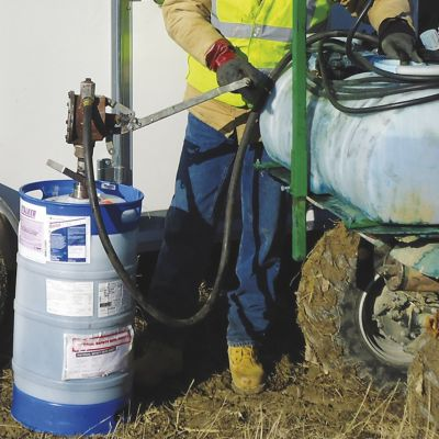 An applicator filling a continuum container