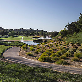 Image of golf course with fountains